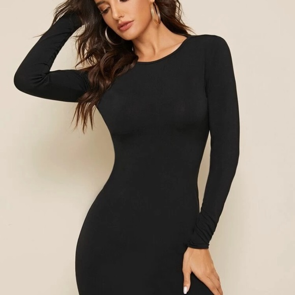 Dresses & Skirts - black body con dress